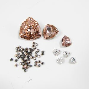 MGS Designs Trilliant Flower stones crystal pack