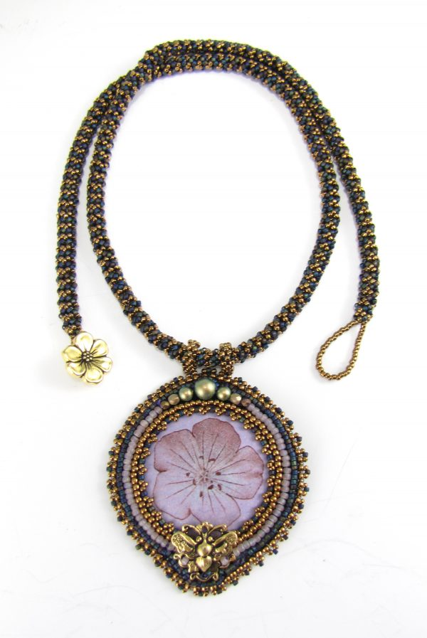 Image of Wild Geranium Necklace Kit